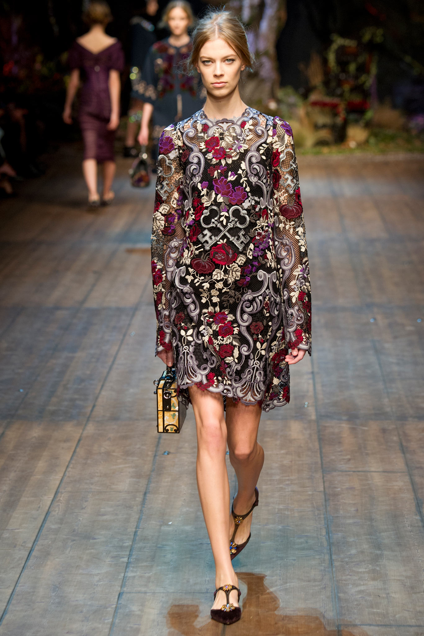 Dolce-Gabbana-Ready-to-Wear-Autumn-Winter-2014-2015-