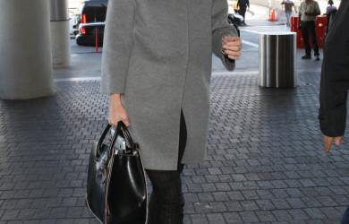 Gwyneth-Paltrow-kept-things-cool-neutrals-gray-coat