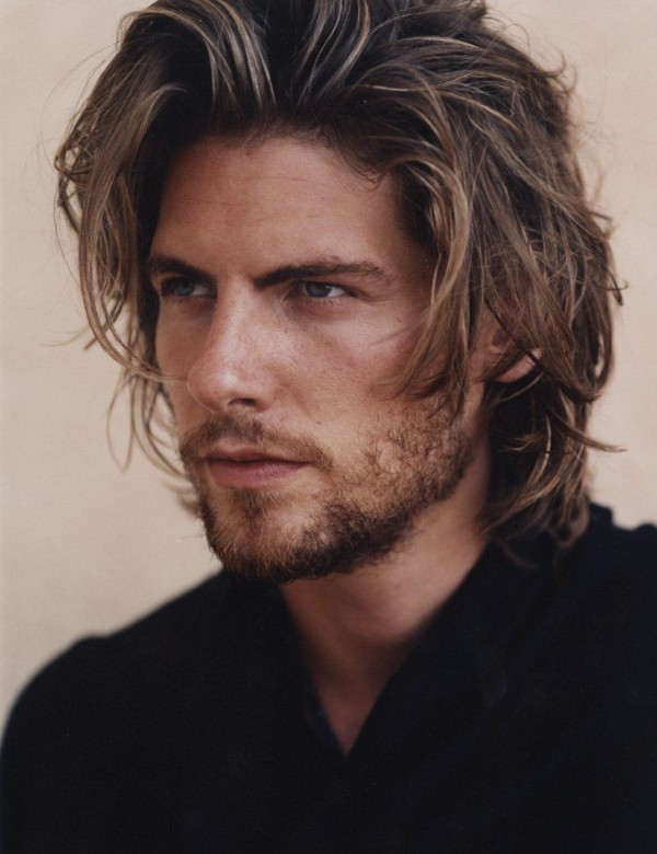 Latest-Men-Hairstyles-blonde-highlights