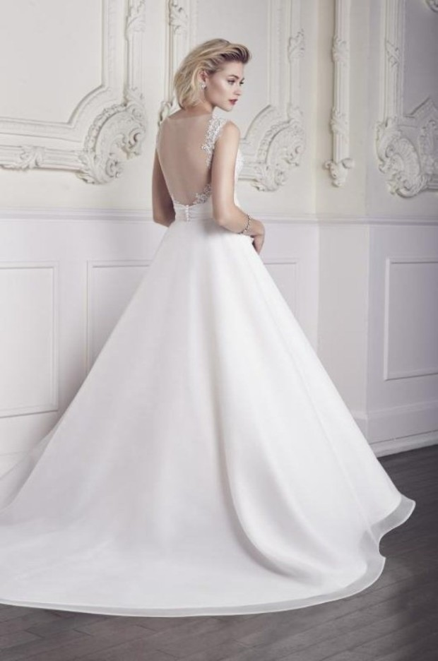 Mikaella-Wedding-Dresses-Bridal-Collection-For-Spring-2015-15