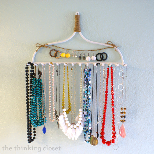 14 diy jewelry storage ideas fashion beauty news - Ideas for storing jewellery ...