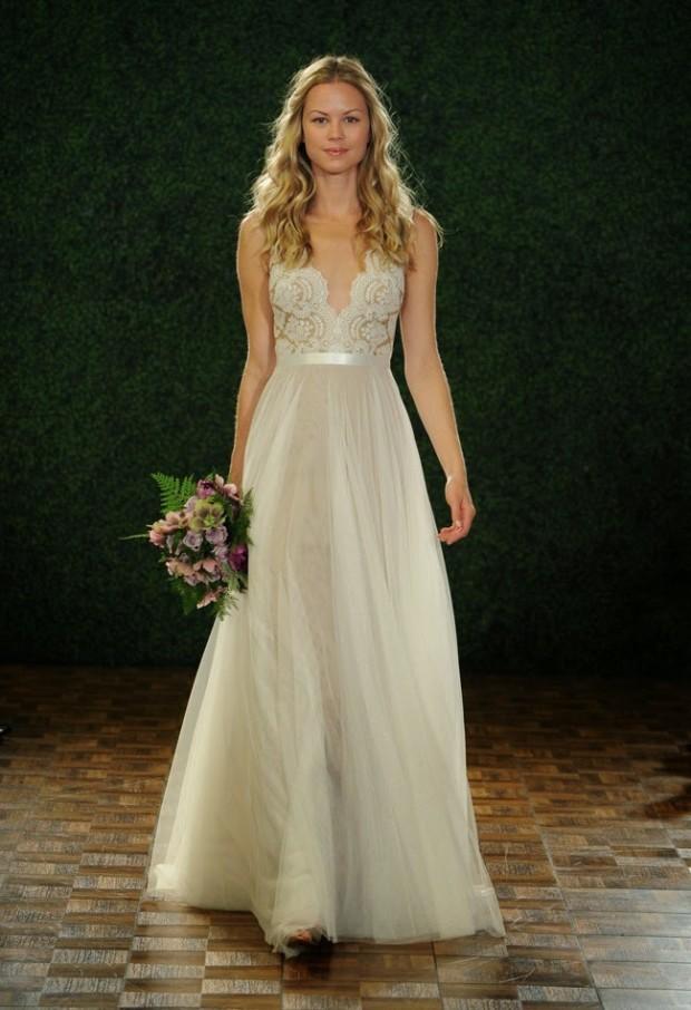 2015-wedding-dress- 1
