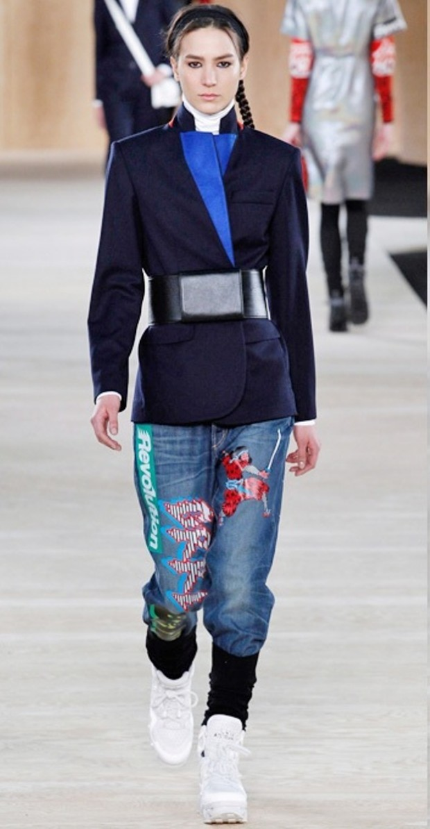 Denim-Summer-Spring-Fashion-Trends-2015-16-Trading-Skinny-Jeans-Collection-1