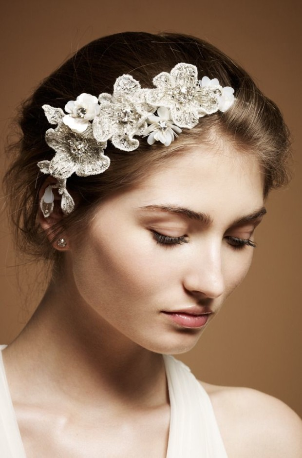 Floral-Style-Beauty-Wedding-Hairstyle-Accessories-in-Luxury-Design-by-Jenny-Packham