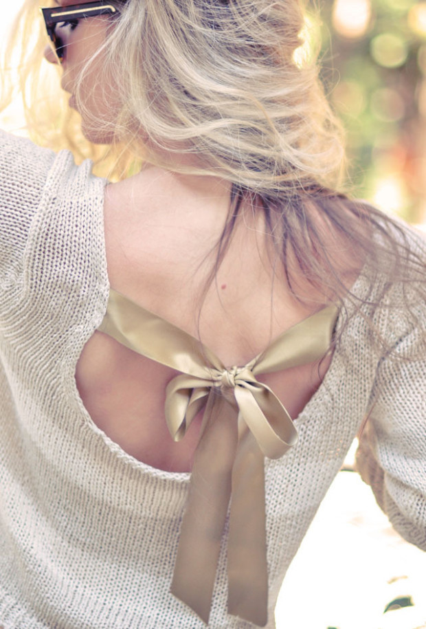 Pretty-DIY-Bow-Sweater-In-the-Back-