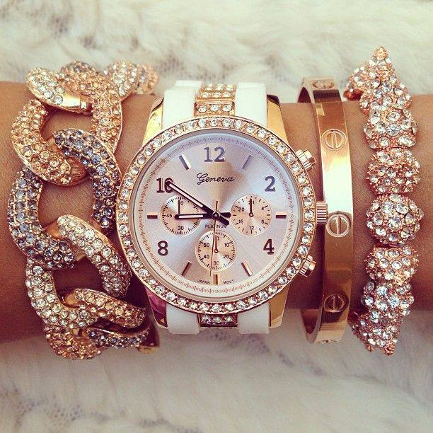 Stylish-Eve-Awesome-Gold-Watch-Bracelet-Collection-For-Women-Fashion- watch