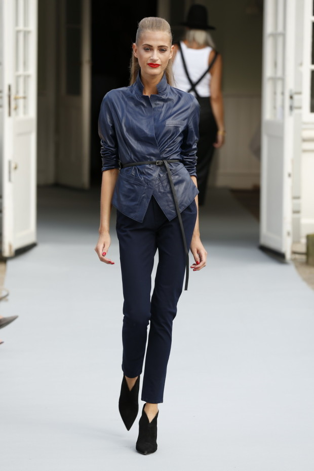 Womens-Pants-Styles-For-Spring-Summer-2015-learher jackets