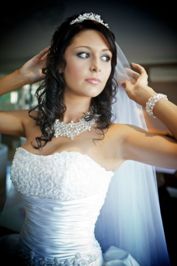 bridal_necklace_jewelry_tips