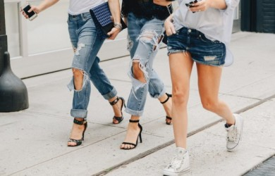 studded-hearts-NYFW-Spring-Summer-2015-shows-streetstyle-ripped-denim