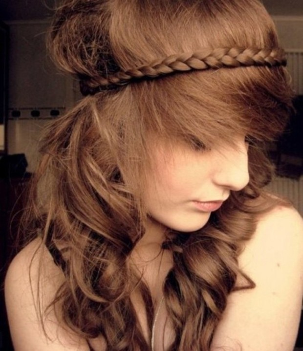 Cute-Braided-Hairstyles-for-Long-Wavy-Hair