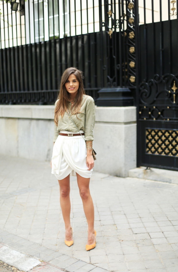 Mini-Skirts-Are-In-Style-For-Summer-2015-