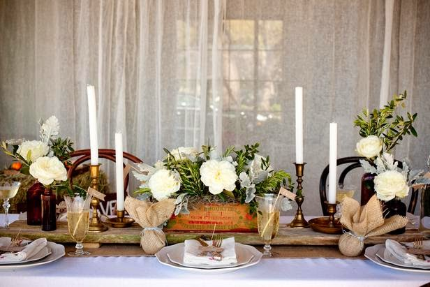 Photography_Rustic_Wedding-Table-setting_