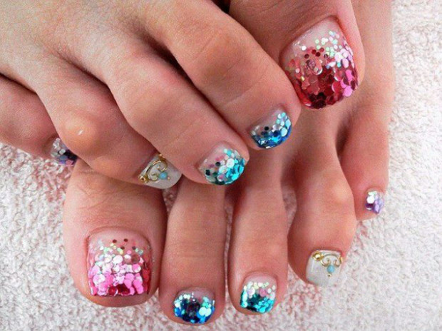 pretty-pedicure-nail-art-ideas-for-2015