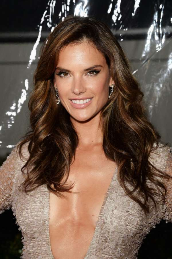 Alessandra-Ambrosio-2015 Balayage Hair Color Trend