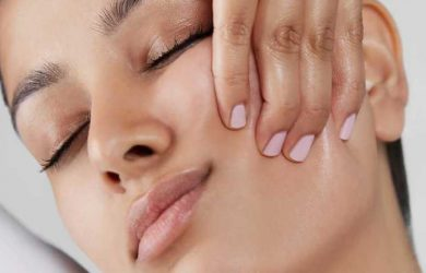 Natural At Home Facelifts To Tone & Tighten Skin